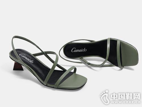 Cameido卡美多2019新款真皮露趾中跟凉鞋