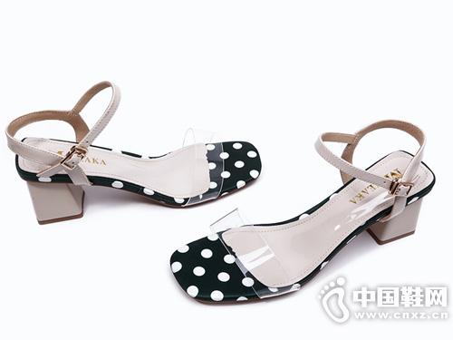 米薇卡粗跟凉鞋 舒适粗跟 方头一字带凉鞋