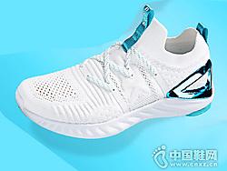 匹克�B�O1.0PLUS科技跑鞋 �p便透��