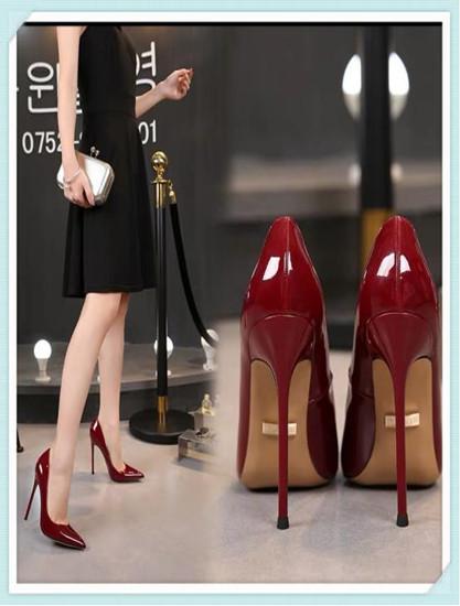 女人30+,�@三�N鞋子要�h�x,既不高�又邋遢