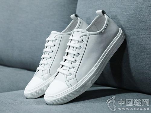 米斯特因春夏新品黑色板鞋百搭