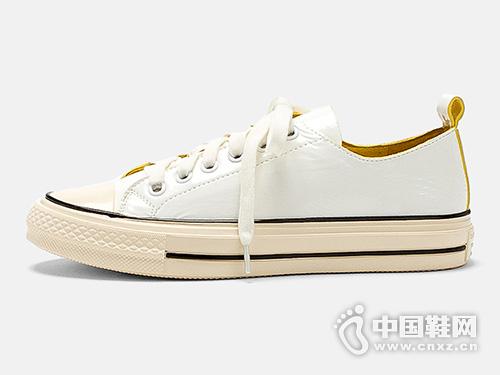 麦露迪真皮小白鞋女2019秋款板鞋