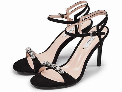 万里马2019年夏季新款女鞋水钻性感露趾时尚网红