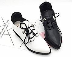 巨一女鞋春款系带马丁靴内增高小皮鞋