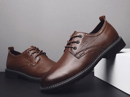 公牛巨人男士英伦风潮流百搭布洛克小皮鞋