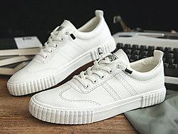 人本秋季新款港�L男鞋子�n版透��W生休�e鞋
