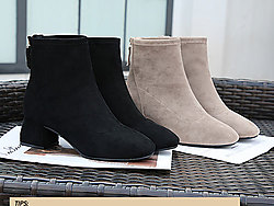 莎�特2019冬季女鞋短靴新款粗跟短筒靴