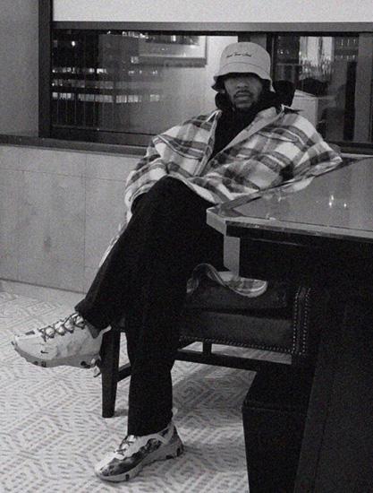 Kendrick Lamar 曝光�c Nike �名 React Element 55 鞋款