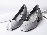 艾米奇2019新款女鞋牛皮方头粗跟中低跟单鞋