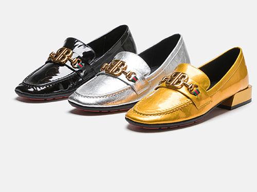 麦露迪乐福鞋子女2019潮鞋粗跟漆皮一脚蹬