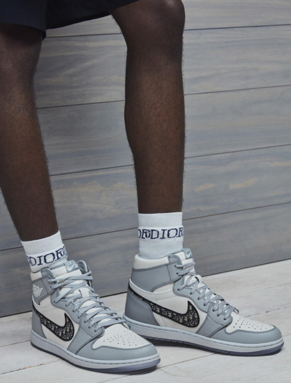 Air Jordan I High OG Dior �@�G亮相