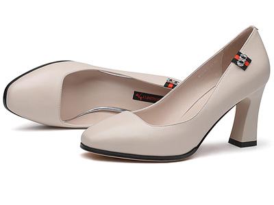 红蜻蜓女鞋春季新款优雅职业单鞋简约百搭