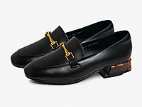 Bata2020春新款英伦风通勤复古方头单鞋