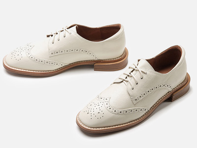 白领丽人小皮鞋女英伦2020新款圆头真皮低跟单鞋