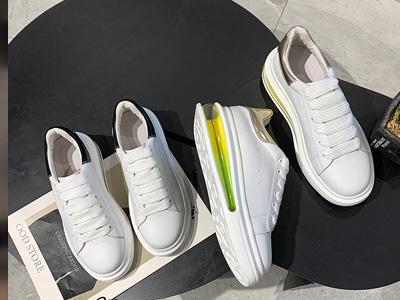 巨日2020春款女鞋运动休闲鞋真皮小白鞋