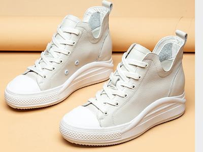 Montagut�籼��2020春季新款休�e老爹鞋