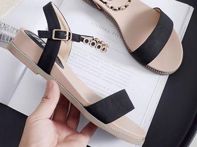 ZHR凉鞋女2020新款时尚夏季一字带仙女风