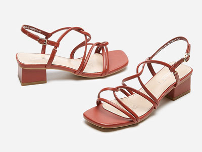 熱風女鞋2020年夏季新款粗跟時尚復古方跟涼鞋
