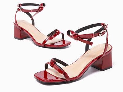 如熙红色时装凉鞋女ins潮2020年夏季方头中跟