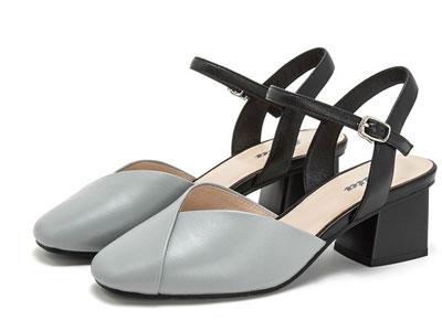Bata春夏季新款溫柔仙女風低跟一字帶涼鞋