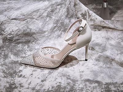 色非2020夏季款水钻透明高跟鞋ins网红细跟凉鞋