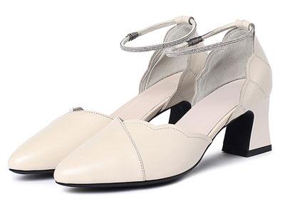普兰妮2020春季新款真皮单鞋高跟扣带女皮鞋