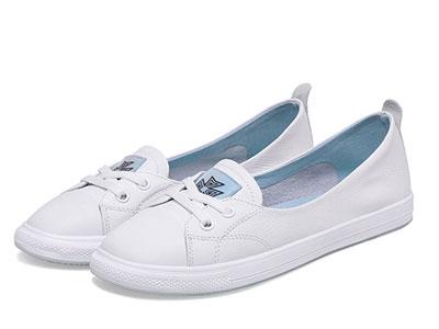 波尔谛奇透气小白鞋女2020春季新款真皮平底舒适