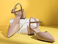 自由姿色尖頭一字扣單鞋女2020春夏新款包頭涼鞋