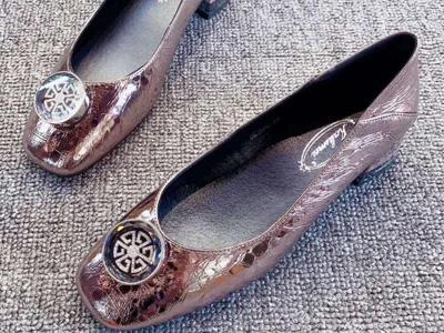 卡璐美女鞋2020春季新款单鞋四季鞋
