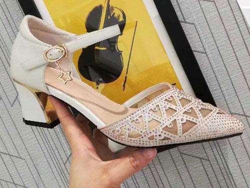 卡莉丹女鞋2020夏真皮网纱镂空水钻半凉鞋