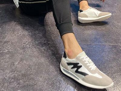 靓思图2020新款男士鞋新品上∩市