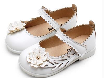 卡卡树新款花朵软底小女孩宝宝韩版小皮鞋
