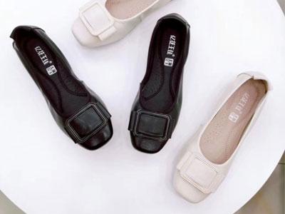 花王女鞋2020新款真皮浅口小跟单鞋