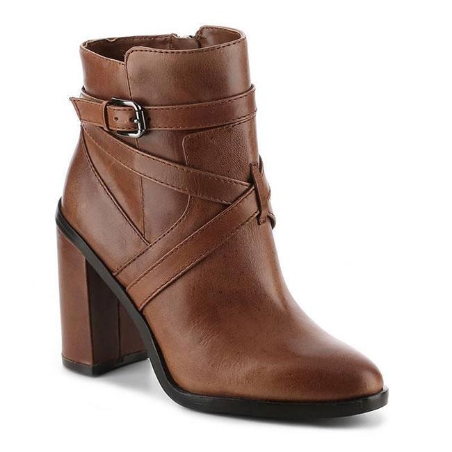 VINCE-CAMUTO粗跟高跟靴休闲短靴