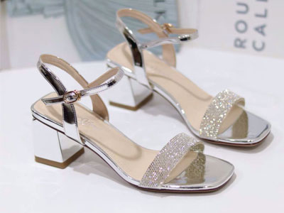 爱麟斯女鞋2020夏季新款罗马鞋一字带高跟凉鞋