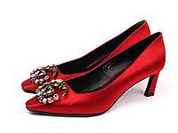 悠悠夫人秋季新款水钻扣饰方头细跟高跟女单鞋