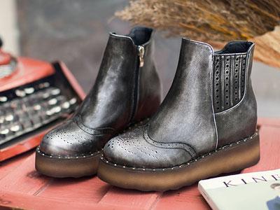 格古力潮秋款女鞋加绒复古坡跟棉鞋短靴