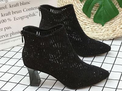 金贵鸟2020新款水钻真皮网纱镂空女靴子高跟