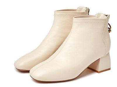 卓詩尼小方頭秋冬百搭時裝靴2020新款