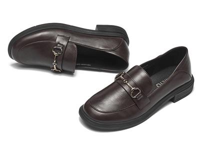 戈美其2020秋季新款英伦风小皮鞋百搭低跟单鞋