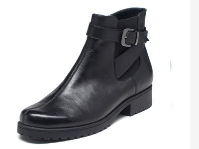 爱柔仕AEROSOLES新款冬季牛皮低跟饰扣机车靴