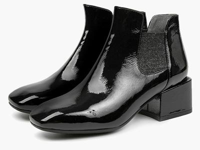 伊伴秋冬拼接切爾西靴女士短筒銀色拼接撞色踝靴