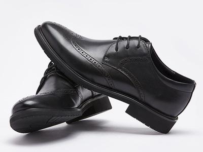 西遇男鞋2020新款洛克系帶休閑商務正裝皮鞋