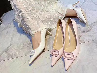 法洛蕾女鞋2021春季新款上市