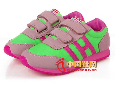 2014新款儿童帆布鞋子时尚经典潮流舒适运动鞋批发代理