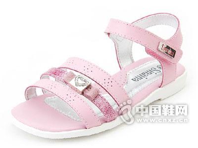 斯乃纳2015新款童鞋上市,全国火热招商加盟中