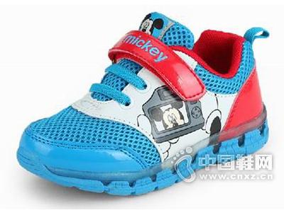迪士尼2015新款儿童运动鞋上市,全国火热招商加盟中