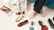 专家警告女性久穿高跟鞋易小便失禁